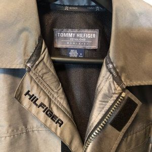 Tommy Hilfiger coat. Size Small but made big.
